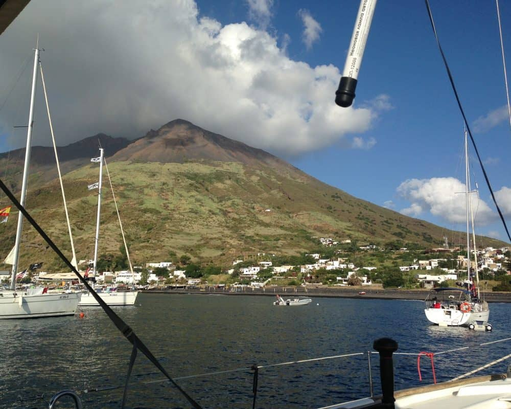 Sail United - Vacanta pe yacht - Stromboli - vacanță pe mare în Sicilia